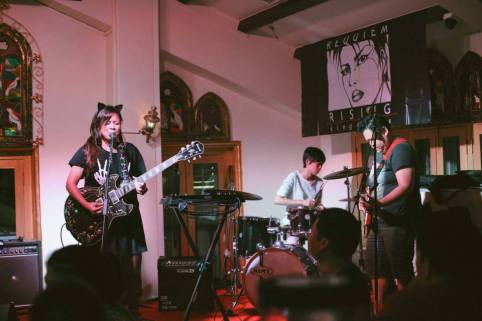 Photo by: Aly; Grabbed from: Lazy Ann's Facebook Page | Lazy Ann's EP Launch @Blujaz Cafe